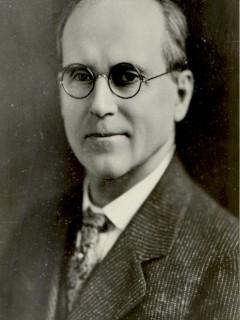 Dr. Gilson E. Townsend (1898-1902) (1909-1913)
