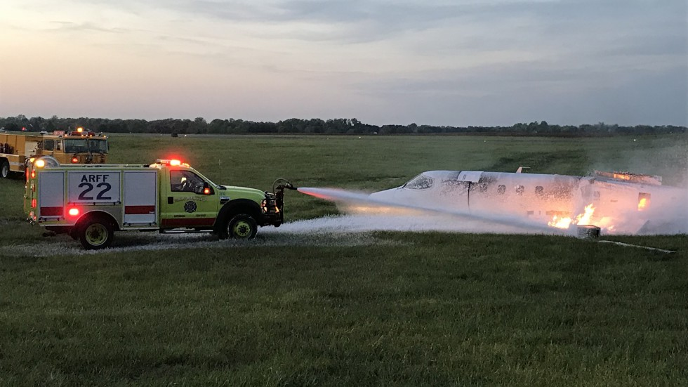 Airport Fire Training - Bowling Green Fire Department