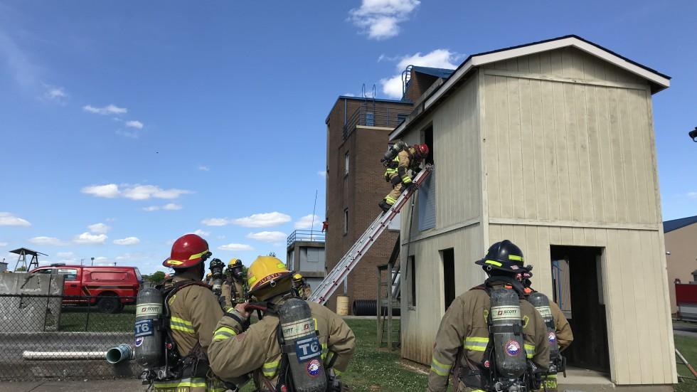 Firefighter Training - Bowling Green Fire Department
