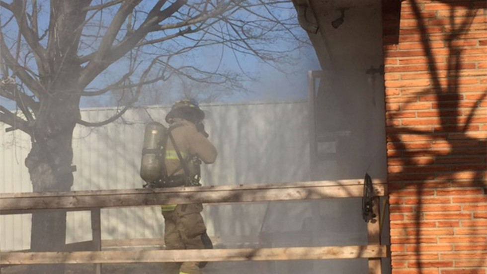 Bowling Green Fire Department - Fireman entering burning building - Jan 2017