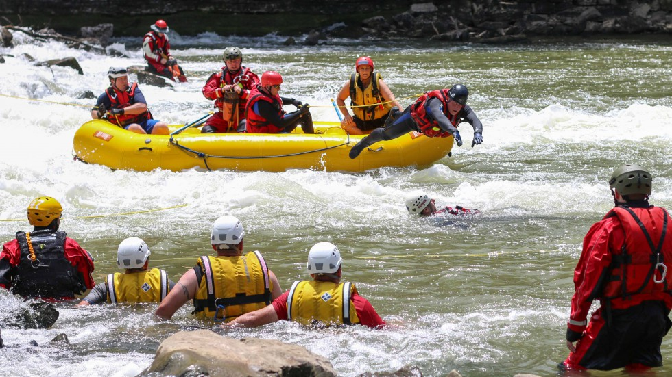 2014 Swift Water Rescue Training - Bowling Green Fire Department