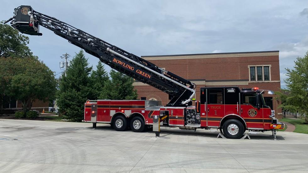 New Ladder Truck - Bowling Green Fire Department